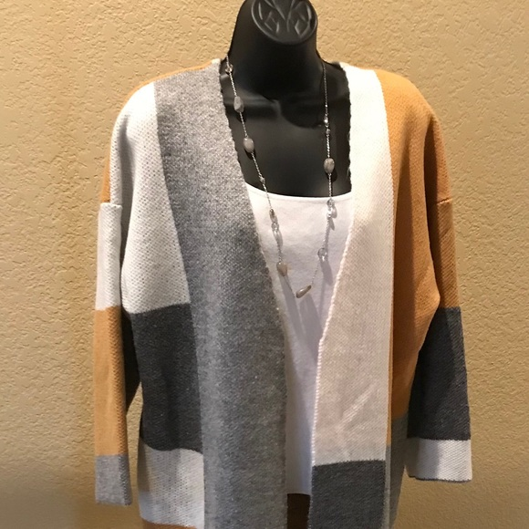 Sweaters - XXL Colorless sweater